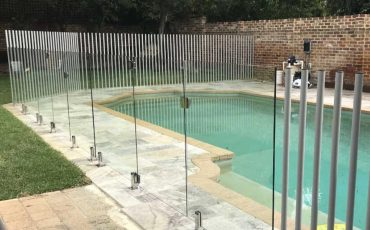 Custom pool fences improve backyard aesthetic