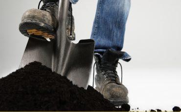 shovel digging stock image