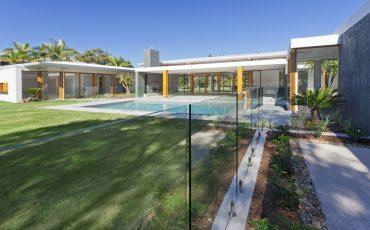 house pool fence stock image